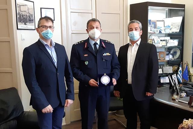 Συνάντηση εκπροσώπων της Ένωσης Αξιωματικών Αστυνομίας με τον Γενικό Περιφερειακό Αστυνομικό Διευθυντή Νοτίου Αιγαίου