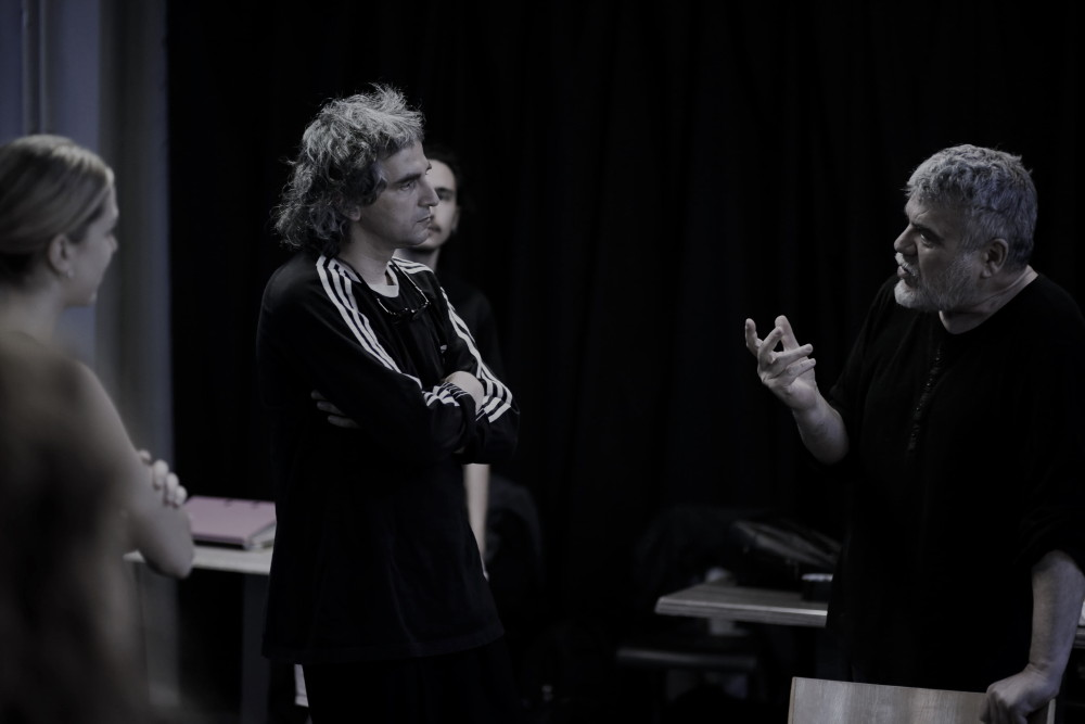 """Τετάρτη 4 Αυγούστου στο Ανοιχτό Θέατρο Άνδρου: """"Ορέστης"""" του Ευριπίδη, σε σκηνοθεσία Γιάννη Κακλέα"""
