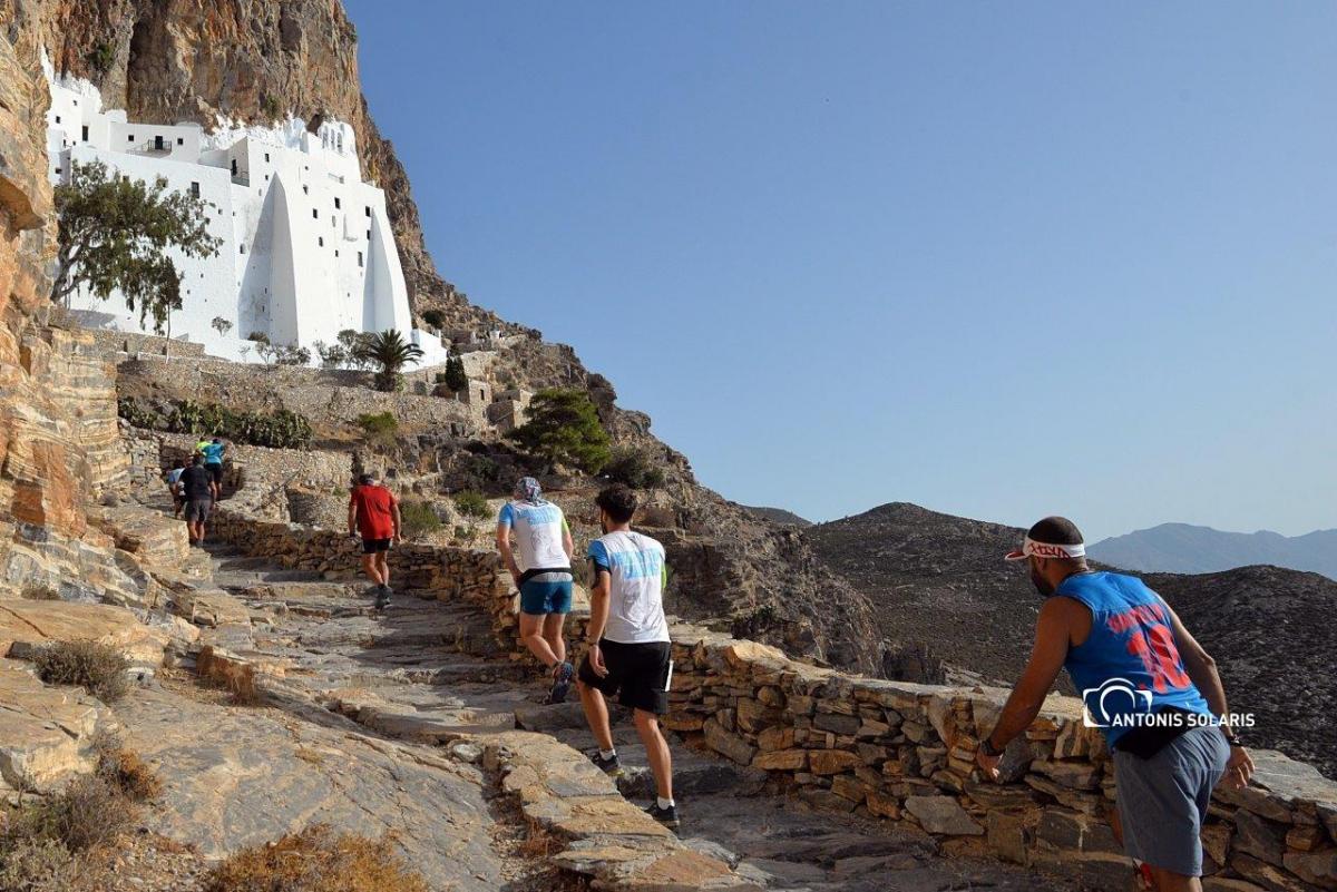 Το βουνό συνάντησε τη θάλασσα στο 4ο Amorgos Trail Challenge